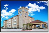 La Quinta Inn & Suites Grand Prairie South – 4.0 miles